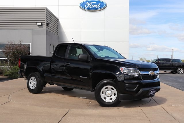 Pre Owned 2017 Chevrolet Colorado Work Truck